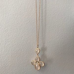 Rose gold necklace with morganite charm